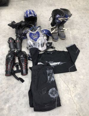 Adult dirt bike gear for Sale in Simi Valley, CA