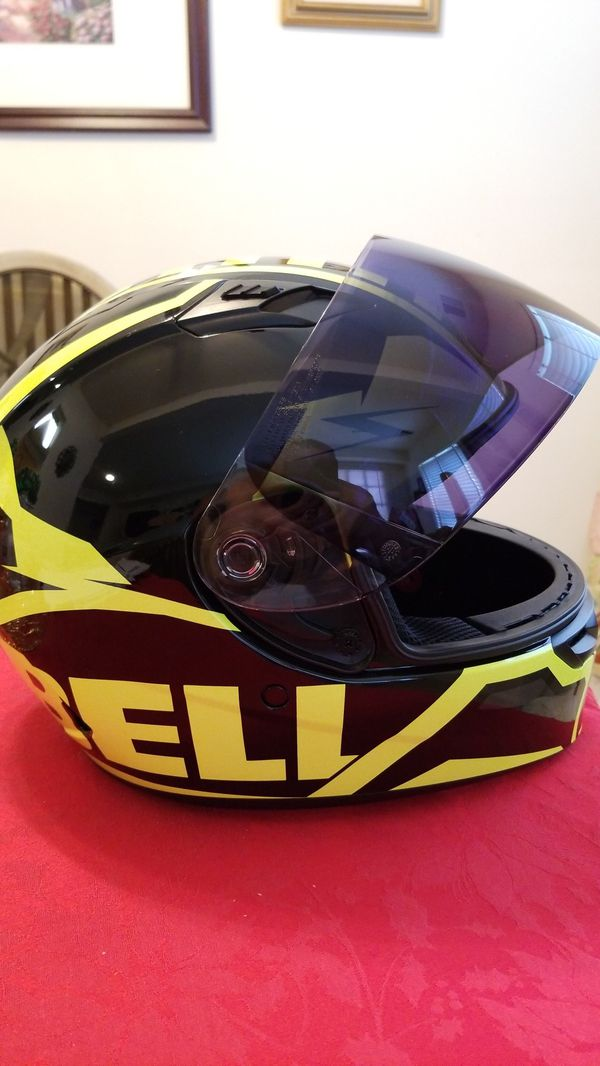 BELL Helmet, Size M