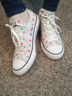 Polka dot low rise All Star Converse for Sale in Stanwood,  WA