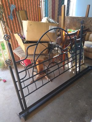 Queen Size Bed Frame for Sale in Visalia, CA