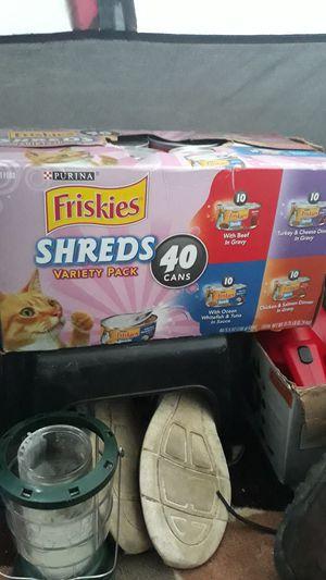 Friskies canned wet cat food 40 ct for Sale in Auburn, WA