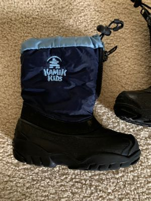 Kids snow boots size 9 for Sale in Bothell, WA