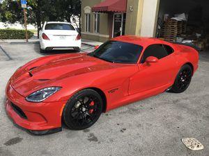 2017 Dodge Viper 100 miles on it for Sale in Miami, FL