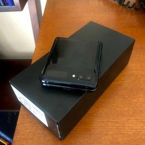 Samsung Galaxy Z Flip 256GB black At&t for Sale in Arroyo Grande, CA