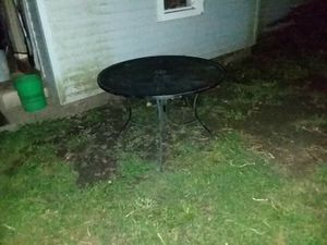 Out door table $40obo for Sale in Huntington, IN