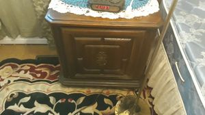Night stands & bookshelves for Sale in Willingboro, NJ