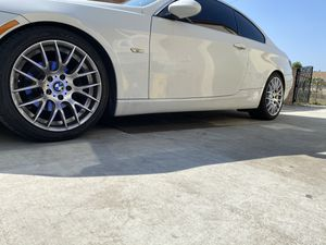 BMW rims (( DIFFERENT SET STILL IN BOX )) NEW for Sale in Commerce, CA
