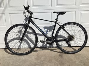 GIANT ESCAPE 3 Hybrid road race bike for Sale in South Gate, CA