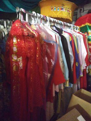 DRESS, WEDDING , TEXUDO, E.T.C for Sale in Garden Grove, CA