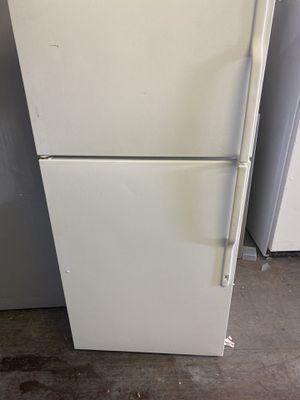 G.E refrigerator for Sale in Gastonia, NC