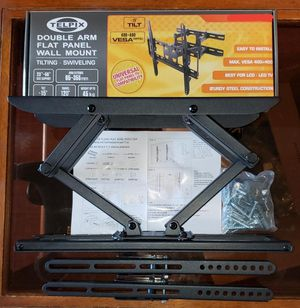 Tv Wall mount bracket for TV's from 23-56 inches it's heavy duty for Sale in Los Angeles, CA