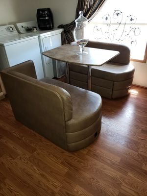 Leather tan/light brown RV Dinette for Sale in Elmira, OR
