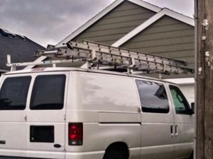 28 and 28ft ladders aluminum for Sale in Portland, OR