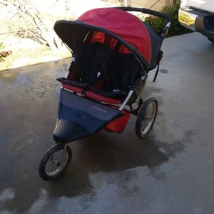 Schwinn Double Jogging Stroller for Sale in Hesperia, CA