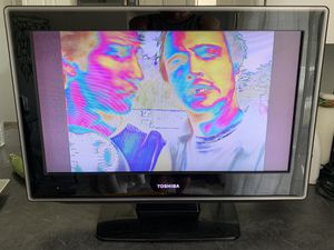 """Toshiba 27"""" TV—bad picture for Sale in Neffsville, PA"""