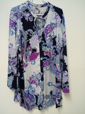 In Bloom women's maternity extra large tunic top shirt plus size button up blue Paisley floral tab sleeves for Sale in Leechburg, PA