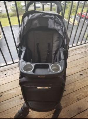 Graco multi- use stroller and car seat for Sale in Orlando, FL