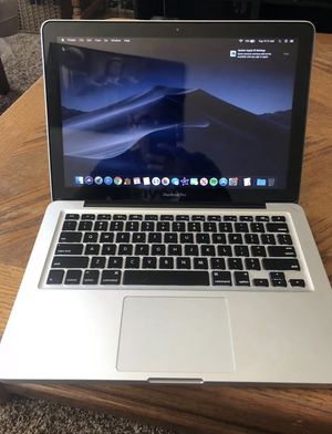 2012 MacBook Pro 512gb in perfect condition comes with charger and Microsoft office for Sale in North Highlands, CA