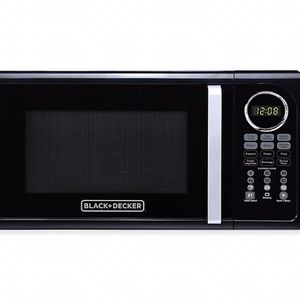 Black & Decker Microwave for Sale in Lancaster, PA