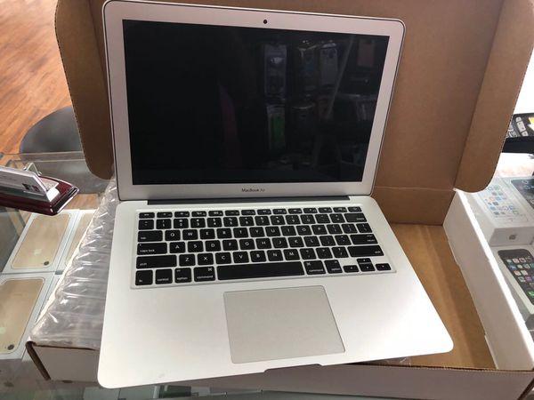 MacBook Air 13.3 inch I5 $419