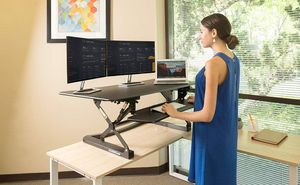 FlexiSpot M3B Standing Desk- 47 Inch Wide Platform Stand Up Desk Riser for Sale in Columbus, OH
