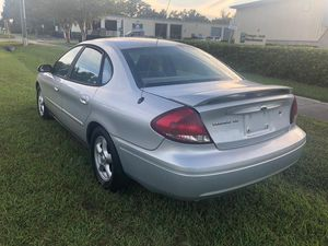 2004 Ford Taurus for Sale in Kissimmee, FL