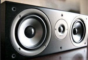 Polk CS1 Center Speaker / Dual 5.25 Drivers for Sale in Aurora, CO