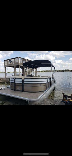 Pontoon boat. for Sale in Maitland, FL