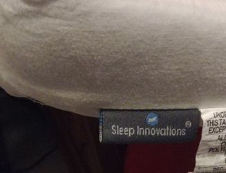 Mattress Topper Sleep Innovations Twin XL for Sale in Maple Valley,  WA
