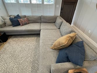 "West Elm used ""Andes"" Extra Deep 3-piece sectional sofa for Sale in Los Angeles,  CA"