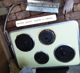 General electric vintage electric range top for Sale in Abilene,  TX