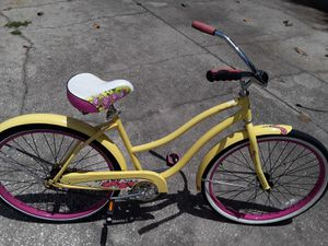 """Huffy Beach Cruiser bike with 26"""" tires, Like New $100 FIRM. for Sale in Wesley Chapel, FL"""