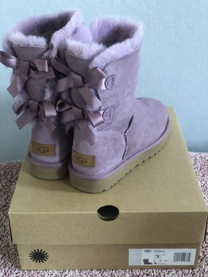 Uggs Bailey Bow II for Sale in Oakland, CA