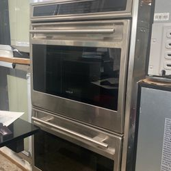 """30"""" WOLF DOUBLE OVEN STAINLESS STEEL USED WORKS GREAT for Sale in Menifee,  CA"""