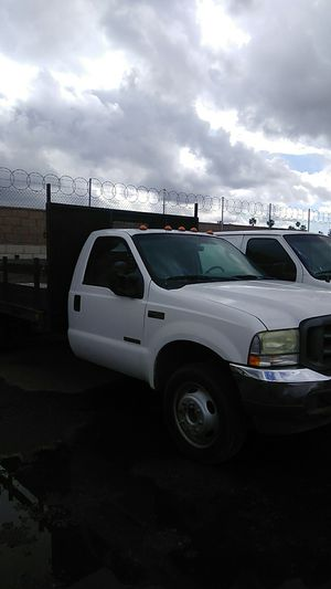 2004 Ford f450 stkbd for Sale in Fullerton, CA