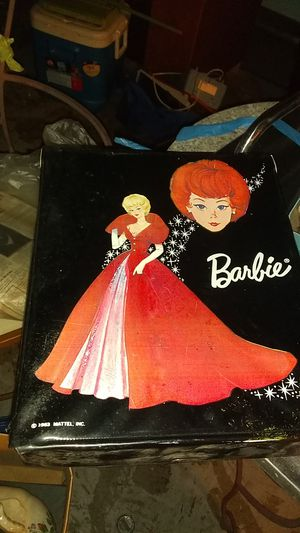 1963 barbie case for clothes or dolls for Sale in Hayward, CA