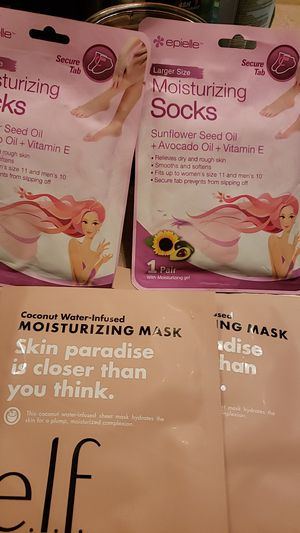 4 pack foot & face mask for Sale in Mesa, AZ
