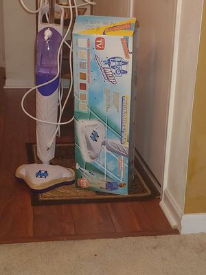 H2O steam cleaner with two washable pads for Sale in Reynoldsburg, OH