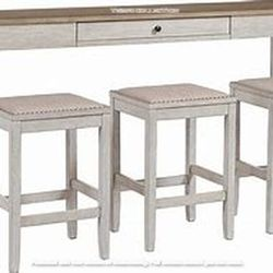 DINING SET FOR MULTI-PURPOSE LIVING SPACE.(INCLUDIND USB PORTS) for Sale in Santa Ana,  CA