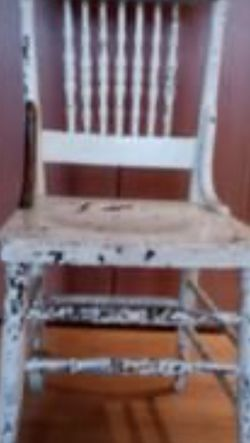 7 Wood Farm House Chairs for Sale in Olympia,  WA