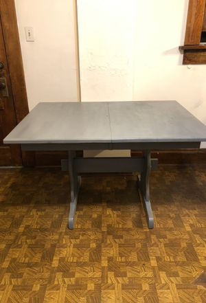 Large wood dining table NEED GONE ASAP for Sale in Columbus, OH