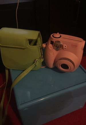 Instax camera w/case for Sale in Telford, TN