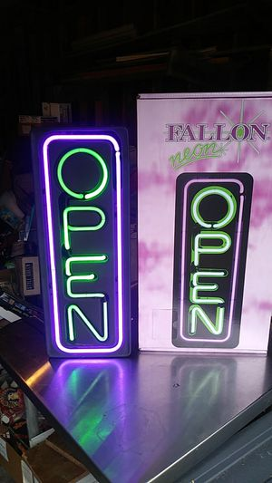 Neon open sign w/box for Sale in Metamora, OH