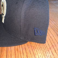 LA Rams New Era Fitted 7 1/2 for Sale in Fontana,  CA