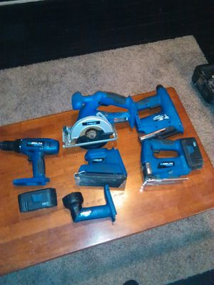 Delta cordless power tools 6pcs 2 Batt for Sale in St. Louis, MO