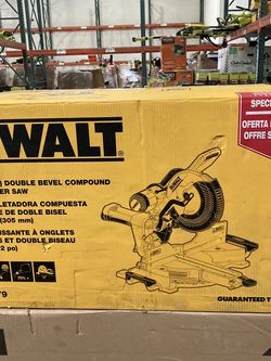 DEWALT 15 Amp Corded 12 in. Double Bevel Sliding Compound Miter Saw, Blade Wrench & Material Clamp for Sale in Las Vegas,  NV