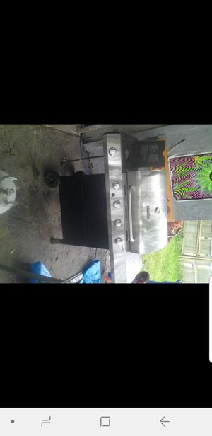Bbq grill for Sale in Maple Heights, OH