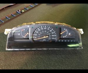Toyota Tacoma Speedometer for Sale in Modesto, CA