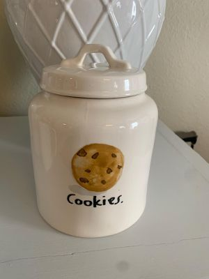 Rae Dunn boutique cookies canister for Sale in Colton, CA