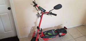 Eco movingfoldable electric scooter 800W motor with 3 long lasting batteries 1 month old for Sale in Lake Worth, FL
